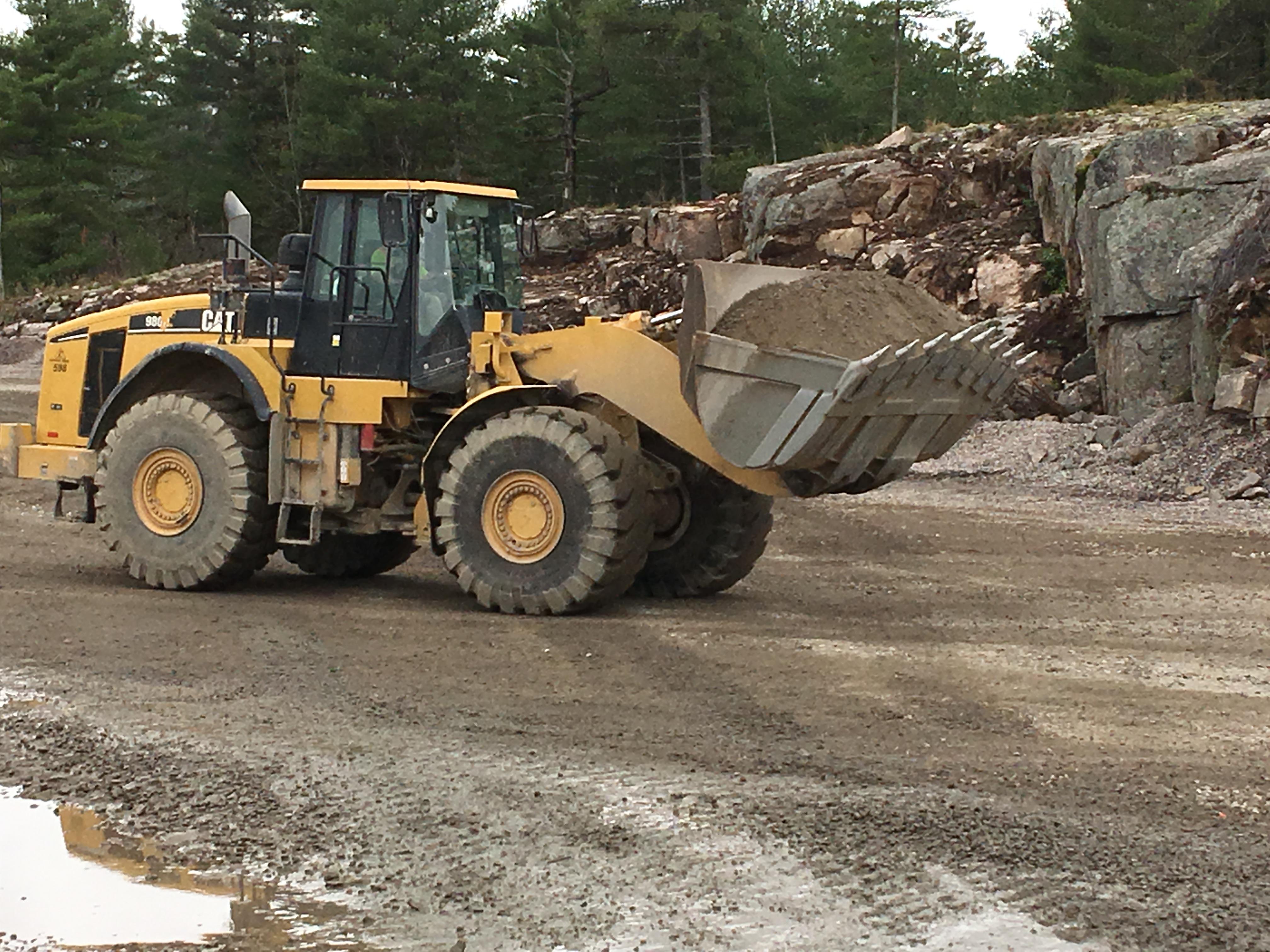 front loader rental equipment lifting aggregates